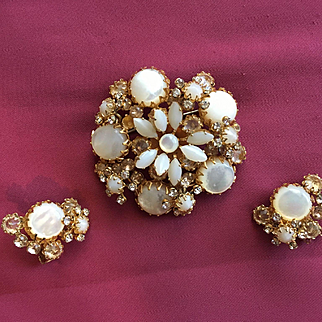 Gorgeous Vintage SCHREINER NEW YORK Brooch Earrings - Layered White Pearly Stones