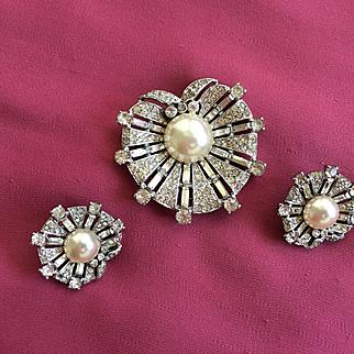 Magnificent Vintage CROWN TRIFARI Sterling Rhinestones Fur Clip & Earrings 1947 - Alfred Philippe