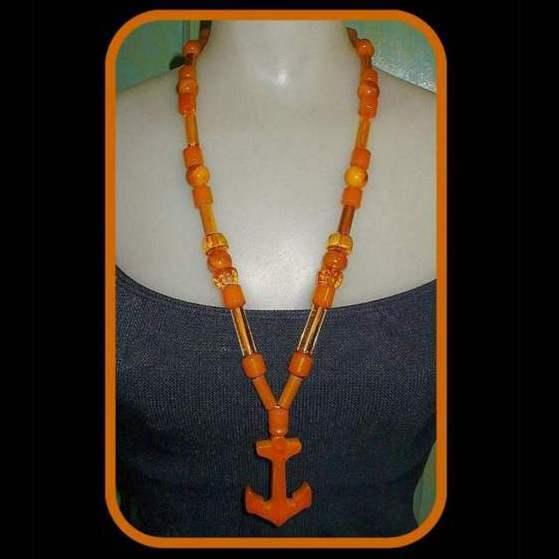 Bakelite Necklace, Butterscotch & Faceted Apple Juice Beads