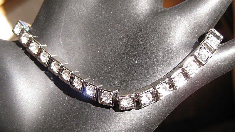 Art Deco Rhinestone Tennis Bracelet - In Line Link