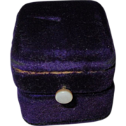 Victorian Ring Box, Velvet Presentation
