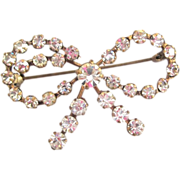Crystal Bow Brooch / Vintage Austrian Pin