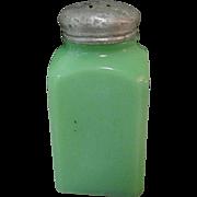 Jadite Shaker, Dark McKee, Vintage