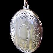 Vintage Locket Necklace, Victorian Revival, Etched.