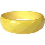 Bakelite Bracelet, Faceted Bangle, Yellow 40's Deco