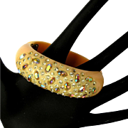 Weiss Thermoplastic Rhinestone Bracelet, Peach Vintage Clamper