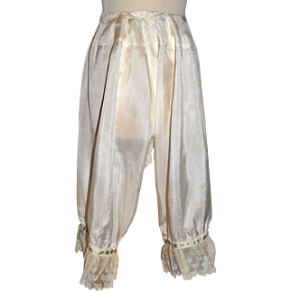 Victorian Silk Bloomers / Pantaloons With Lace and Ribbons Flexible Size.
