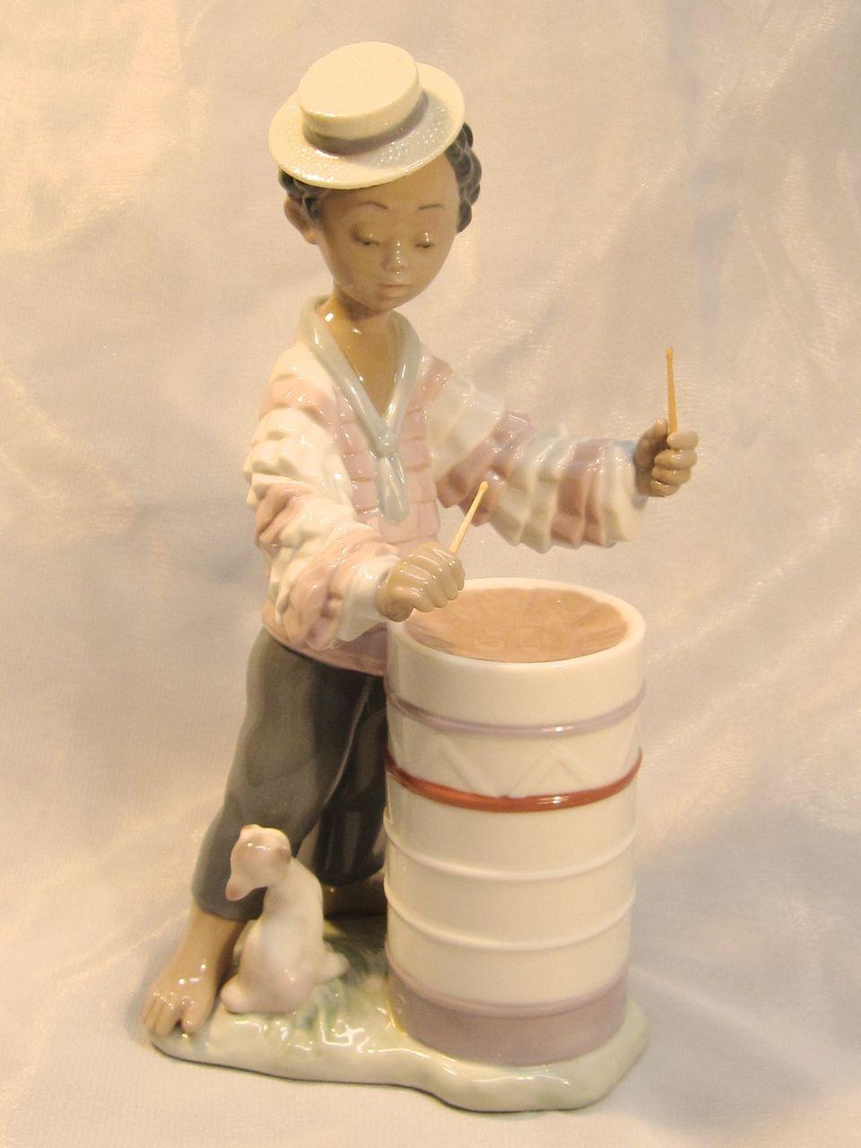 """""""Caribbean Rhythm"""" Porcelain Figurine by Lladró"""