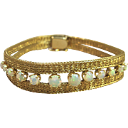 Magnificent Vintage Opal Bracelet in Solid 14K Yellow Gold