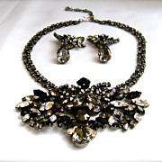 Exquisite & Stunning Vintage Heirloom Piece Necklace & Earring Set