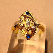 Unique Diamond & Sapphire Ring in 14K Yellow Gold