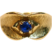 Sweet Vintage Blue Sapphire Ring in 10K Yellow Gold