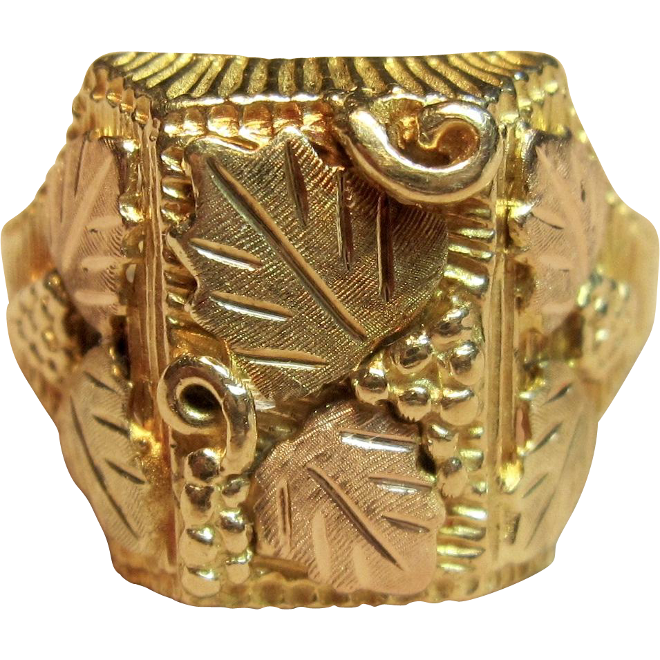 Men S Black Hills Gold Ring In 10k Tri Tone Gold From