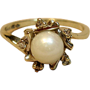 Gorgeous Pearl Ring With Diamonds in 14K White Gold