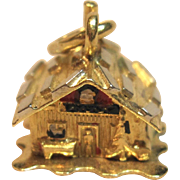 Remarkable 3D Moveable Log Cabin Charm/Pendant in 18K Yellow Gold