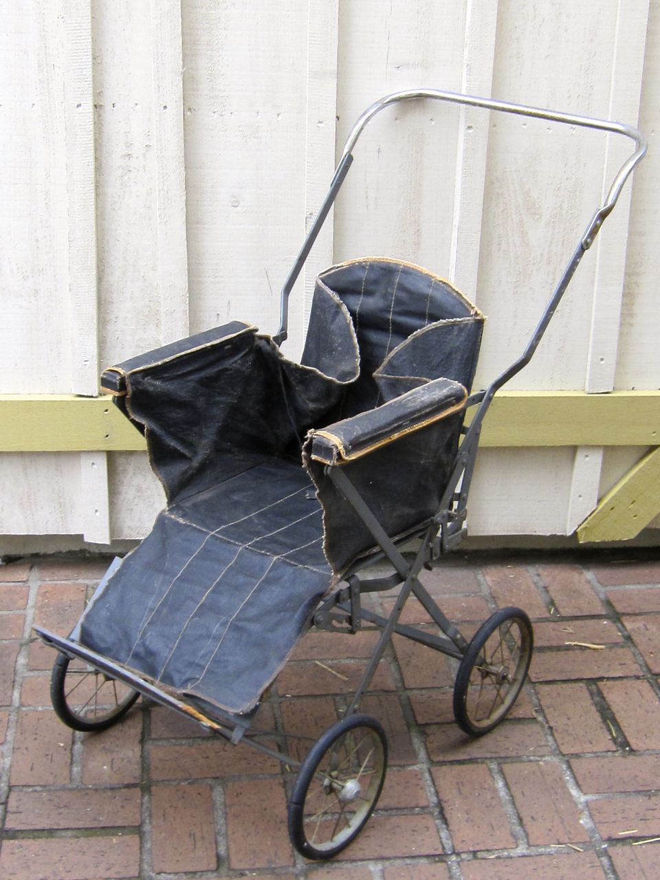 Antique Baby Stroller Circa Late 1800 S Or Early 1900 S