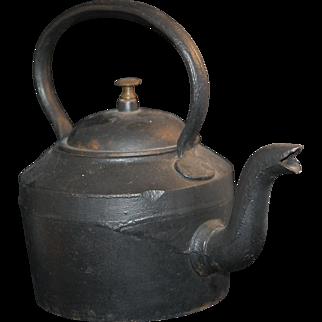 -50%: Old Cast Iron Tea Pot Kettle