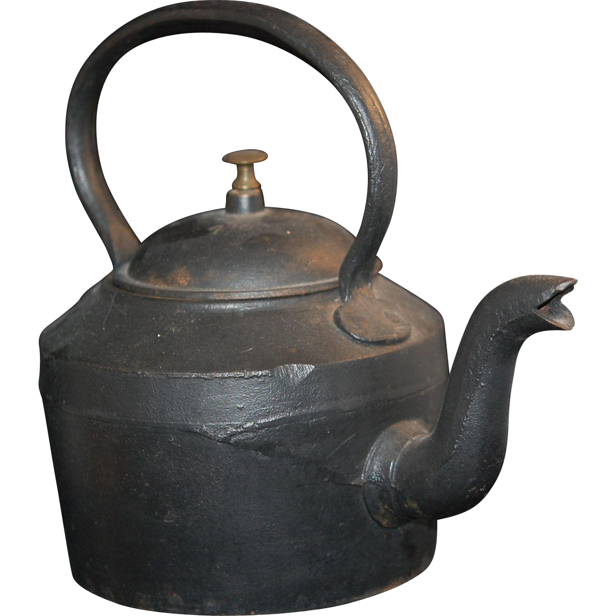 Old cast iron tea pot kettle from myfavoriteplacellc