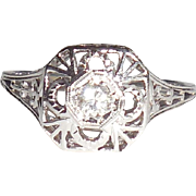 1920s Early Art Deco 18K Gold Filigree Insects Diamond Ring 8