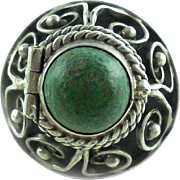 Vintage Green Stone Mexican Sterling Silver Pill Box Poison Ring Adj