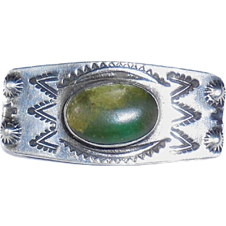 Early Mid Century Native American Hand Tooled Sterling Silver Gem Cab Pin