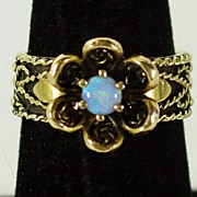 14K YG Opal Ring, with Antique Design, Size 7 1/2