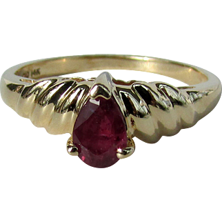 14K Clyde Duneier Ruby Ring, Size 5 3/4