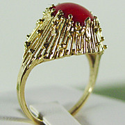 14K YG Oxblood Red Coral Ring Size 7 1/2