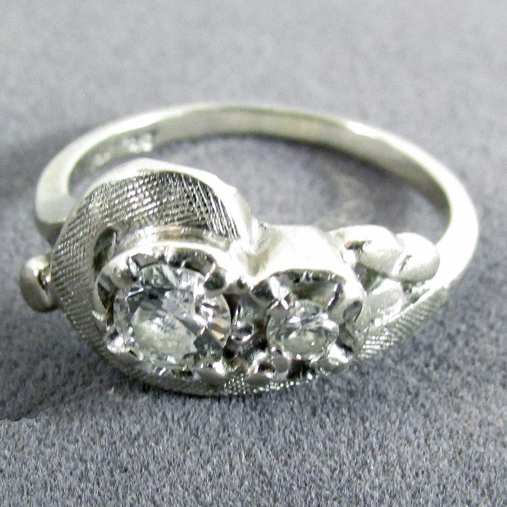 14K WG Diamond Ring - Main Diamond is 0.30 Carat - Size 5 3/4