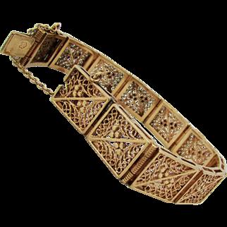 26 Grams, 14K YG Floral Panel Bracelet