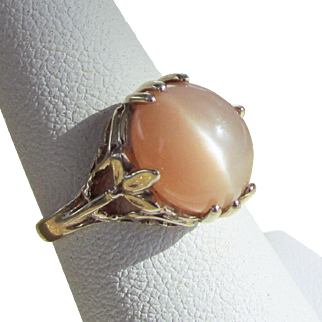 10K YG Peach Cat's Eye Moonstone Ring Size 5