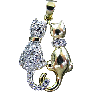 14K WG & YG Pendant with Side by Side Cats