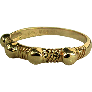 14K Band Ring with 4 Balls Size 7