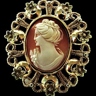 18K Italian Left Facing Cameo Pin & Pendant, 10 Grams