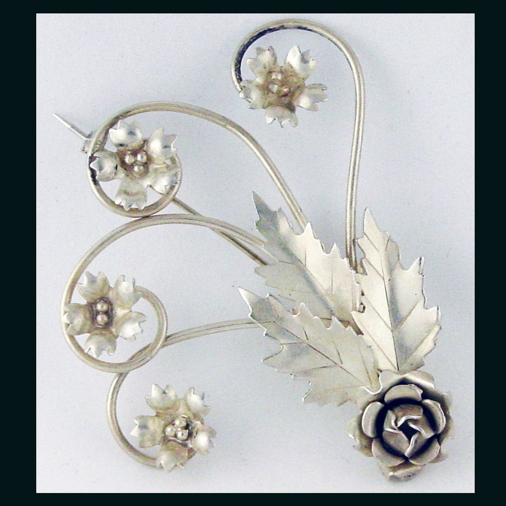 Large vintage Sterling Silver Brooch with Flowers by LeGro