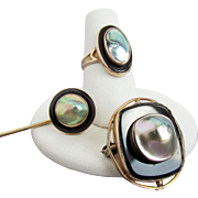 Early 20th Century 10K Rose Gold Abalone Blister Pearl and Black Onyx Set with Brooch, Stick Pin and Ring