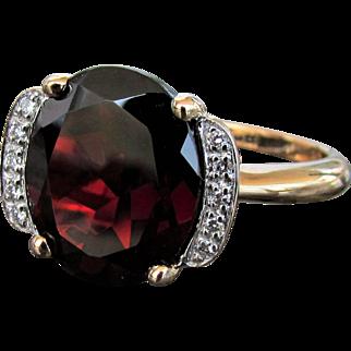 14K YG Mozambique Garnet & Diamond Ring Size 7