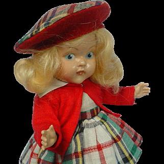 Vogue Painted Eye Blonde Strung Doll SUPER LOVELY