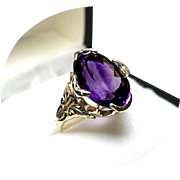 AMETHYST - 'AAA' Quality 14k Ring - 6.5 Ct. - Oval Faceted - Yellow Gold