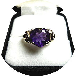 AMETHYST - 'AAA' Quality 3 CT. Heart Faceted Ring - Vintage 14K Yellow Gold