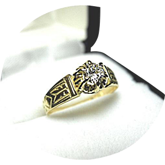 18k Yellow Gold - .26CT Diamond SI 1 - G color - Solitaire Ring - Vintage Mounting