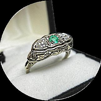 14k EMERALD, Diamond Ring - Art Deco - Vintage Filigree White Gold