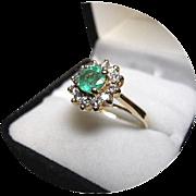 Emerald - 95 CT. - Multi Diamond Engagement Ring - Vintage 14k Yellow Gold Mount