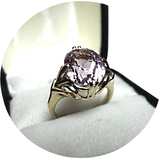 Fabulous Pink KUNZITE Vintage Ring - 14k Yellow Gold Oval Cut