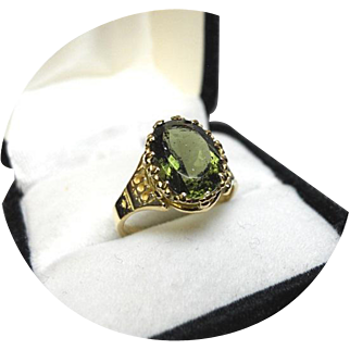 18k Ring - MOLDAVITE - A Meteor Gem, Natural - Crown Setting - Vintage Yellow Gold Mounting