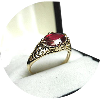 Nice!  African RUBY - 1.80 CT - Art Deco Filigree - Vintage 14k Yellow Gold