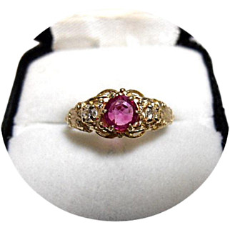 14k RUBY Ring - Pigeon Blood - Diamond - Art Deco Vintage - Yellow Gold
