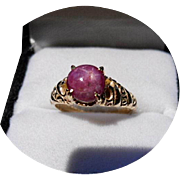 STAR RUBY Ring - 2.70 Carat - Vintage Carved 14k Yellow Gold