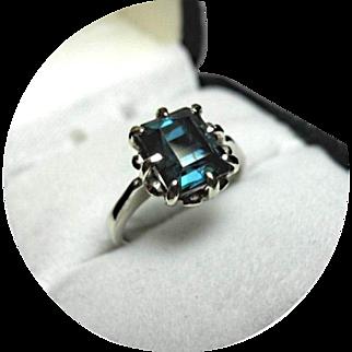 Tourmaline INDICOLITE - Greenish-Blue Ring - 2.10 CT - Earth Gem - Vintage Setting