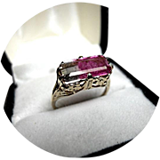 14k Ring - Bi-color Watermelon Tourmaline - 2.32CT - 6x11mm - Vintage 14k Yellow Gold